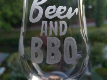 Beer and BBQ glas